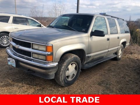Pre-Owned 1999 Chevrolet Suburban 1500 LS